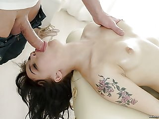 Massage Turns To Saucy Sex Session