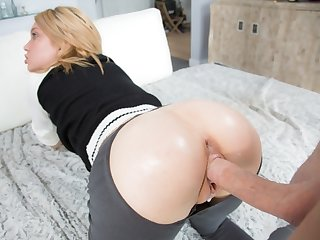 OMG Dakota Skye is fucked so well by huge cock