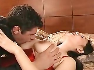 Chinese hottie Jade Feng bangs a White guy.