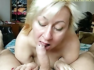 Mature morning blowjob with long nails