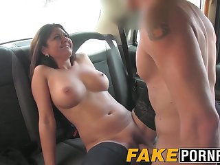 Busty Belgian MILF falls for the charm of the taxi driver
