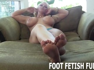Feet Porn And Female Foot Videos