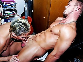 AmateurEuro - Hot Euro GILF Erna Gets Pounded By Young Cock