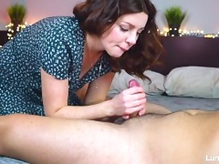 Young girl got fucked and made a hot blowjob