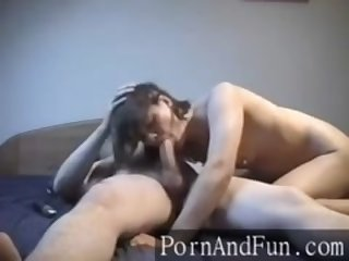 Playing with wifes pussy