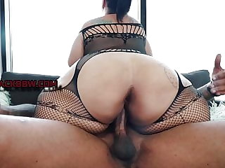 BIG BUTT BBW MILF STRAWBERRY DELIGHT