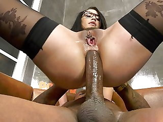 Avi Love Brings Two Black Men Home For A DP - Cuckold Sessio