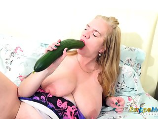 EuropeMature Big Toy in pussy from Lily May
